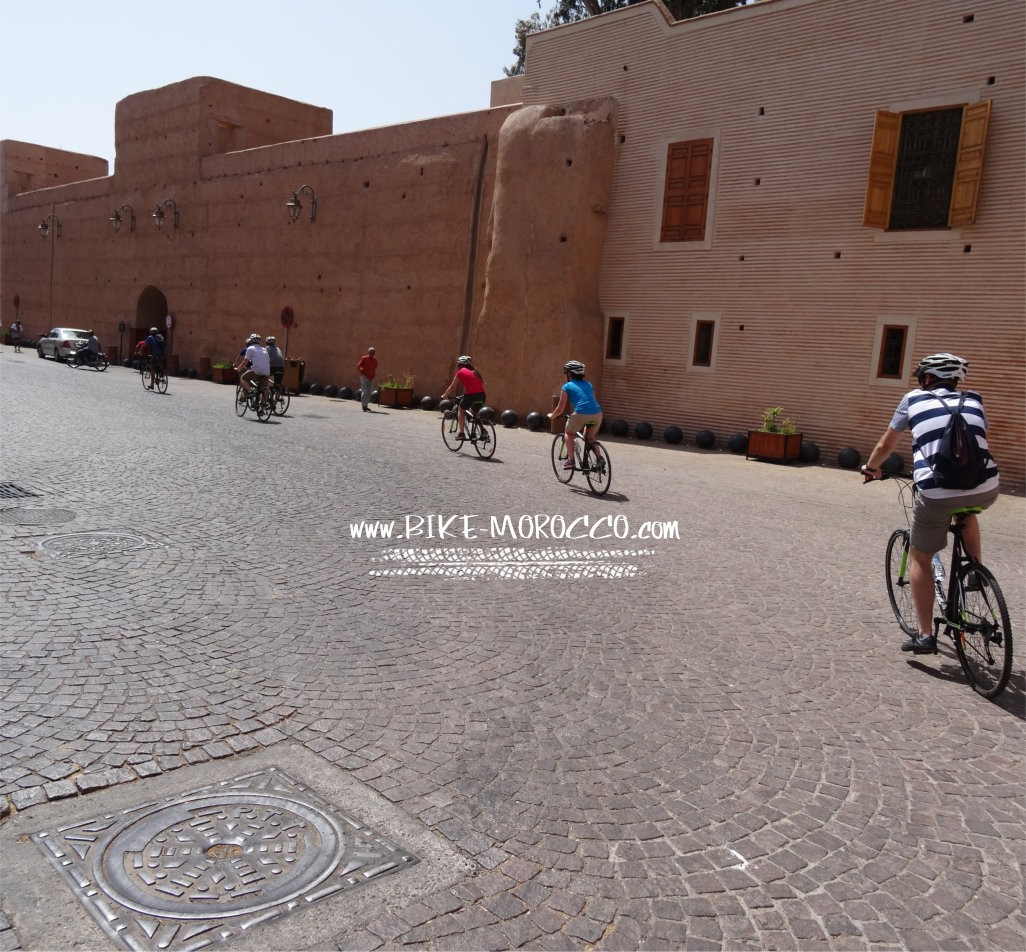 Marrakech city bike tour ¦ Ride Medina on bike 135cc6710